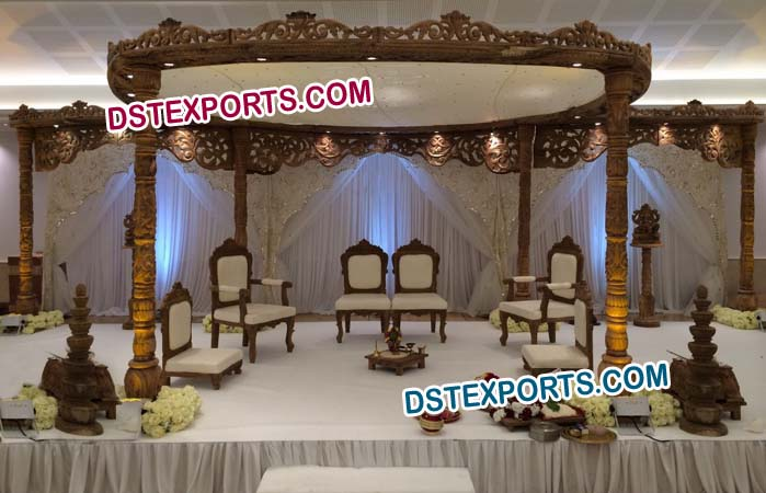 Gorgeous Wooden Mandap Set